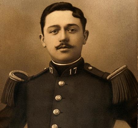 Paul-Honoré Choppick dans son uniforme du 17ème régiment d'infanterie, peu de temps avant son décès sur le champ de bataille de Russ dans le Bas-Rhin le 18 août 1914
