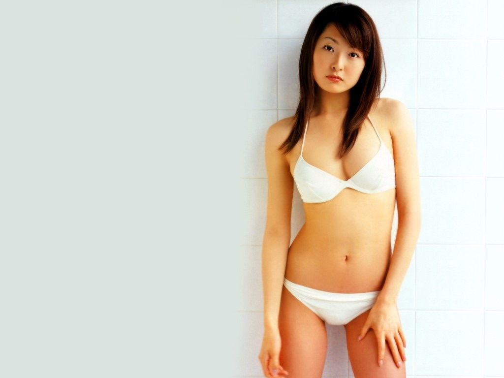 hot celebrity japan wallpapers