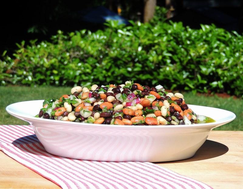 Bobbi's Kozy Kitchen: Mexican 3 Bean Salad for a #Picnic #SundaySupper