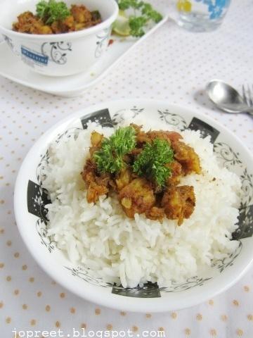 Nethili Meen Varuval (Nellikuppam Special)