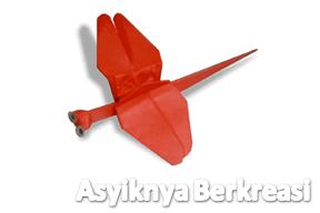 Membuat Capung dari Kertas Origami