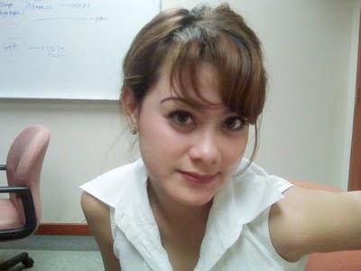 Foto Hot Tante Muda Yang Sudah Janda Kesepian