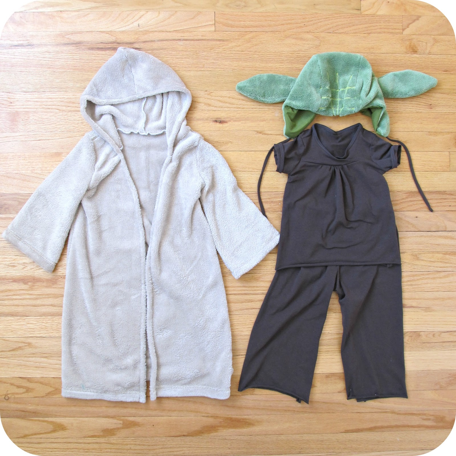 Comfy dress up yoda costume home made by jill 2013 robe go to patterns signature dress pattern with hood and maxi length options i belled out the sleeves to get a looser cut and cut the front robe solutioingenieria Gallery