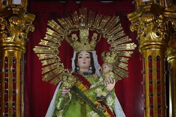 Decoracion De Altar De Virgen De Urkupi?a ~   en v?as de ser un patrimonio  ENTRADAS FOLKLORICAS DE BOLIVIA