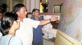 Old maps on Vietnam's island sovereignty displayed