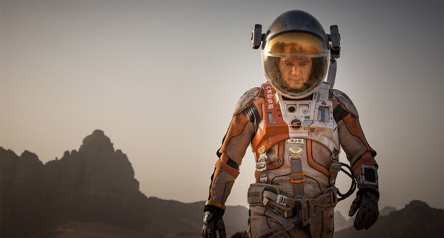 "Matt Damon is alone on Mars in ""The Martian"""