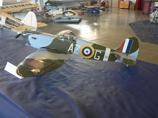 Aeromodel del caça Anglès Supermarine Spitfire.