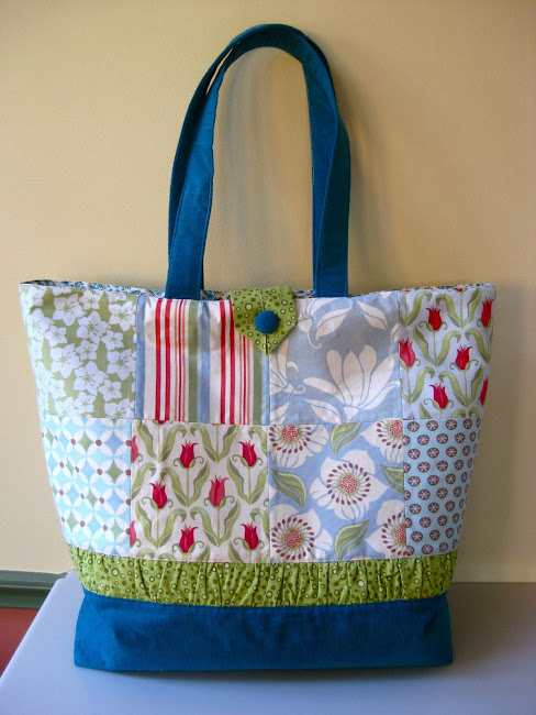 Free Patterns For Quilted Tote Bags : FREEBIES FOR CRAFTERS: Tote Bags