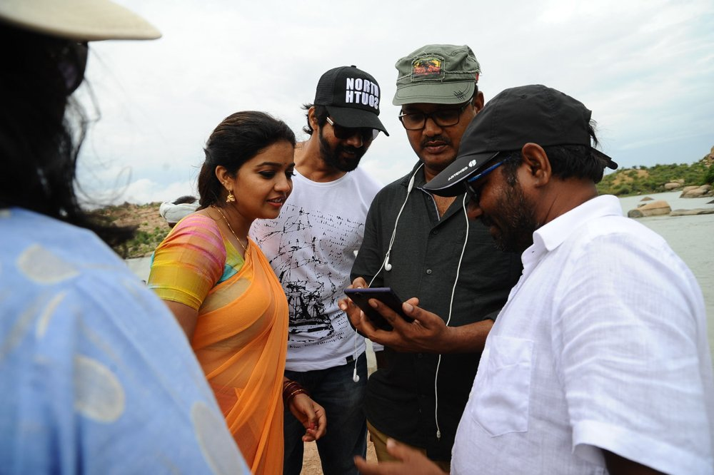 Tripura Movie Working Stills | Swathi | Naveen Chandra