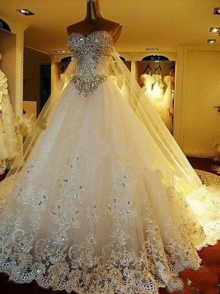 Top 5 fancy Beautiful Dresses