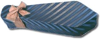 convite em formato de gravata para os padrinhos