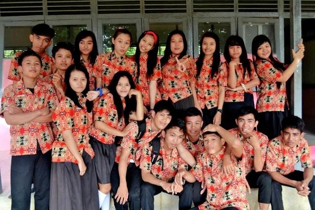 Seragam Batik SMA