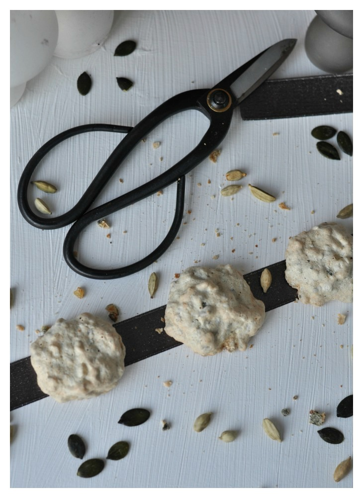Spicy Pumpkin Seed Macarons with cardamom