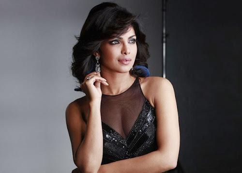 Priyanka Chopra Glamorous Wallpaper
