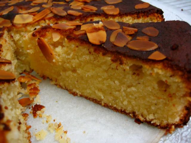 nigella lawson lemon and almond cake