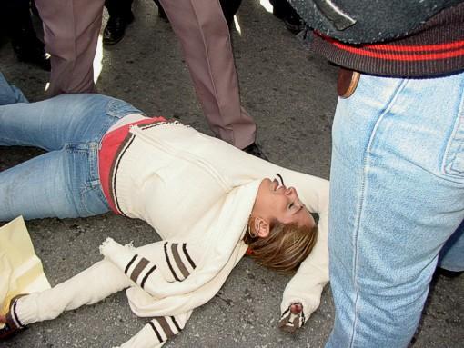 Трахнул девушку без сознания57