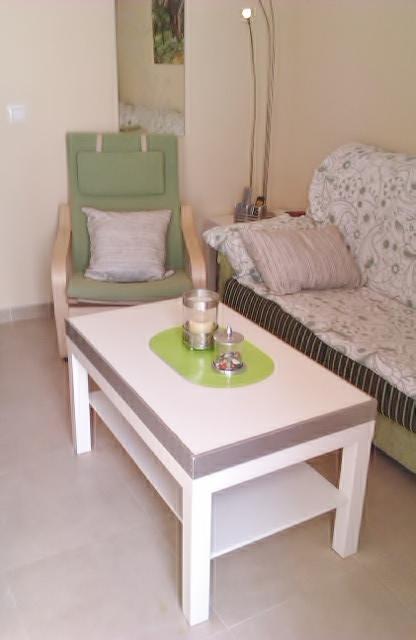 Mesa de centro elevable y extensible ikea free mesa de for Mesa salon elevable ikea
