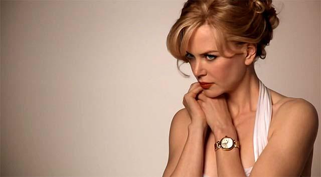 La actriz australiana posando con el reloj