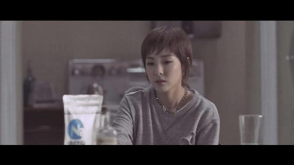 2NE1 Dara Come Back Home