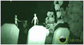 http://dayahguci.blogspot.com/2015/11/inilah-5-foto-alien-yg-dipercaya-bukan.html