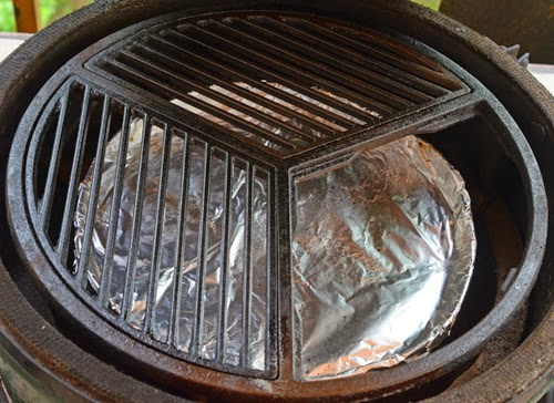 craycort cast iron grill grate, section cast iron grate, indirect Big Green Egg set up