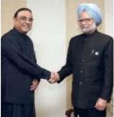 Prime Minister Manmohan Singh meets Pakistani President Asif Ali Zardari