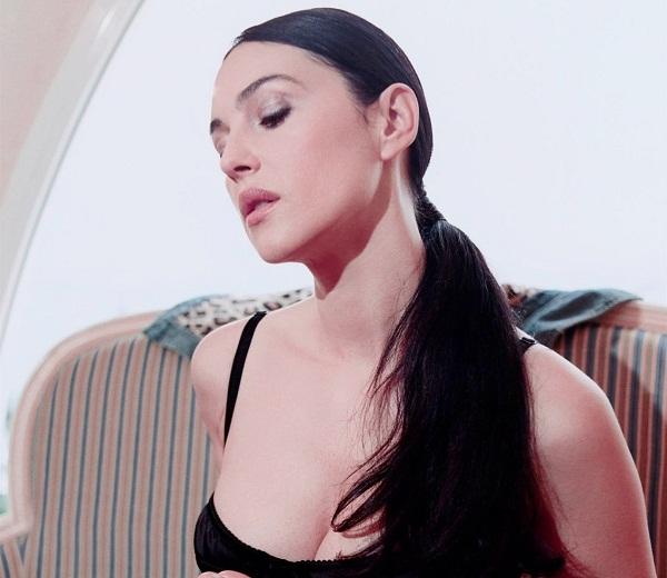 Monica Bellucci Rare Bold