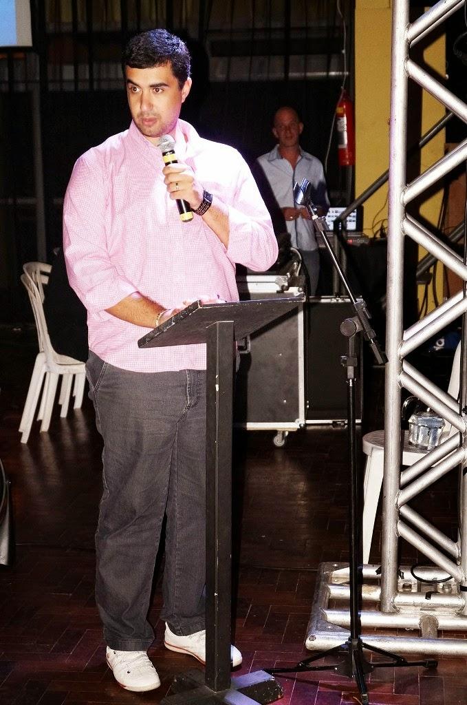 O secretário Leonardo Vasconcellos fala das conquistas da Educação Municipal