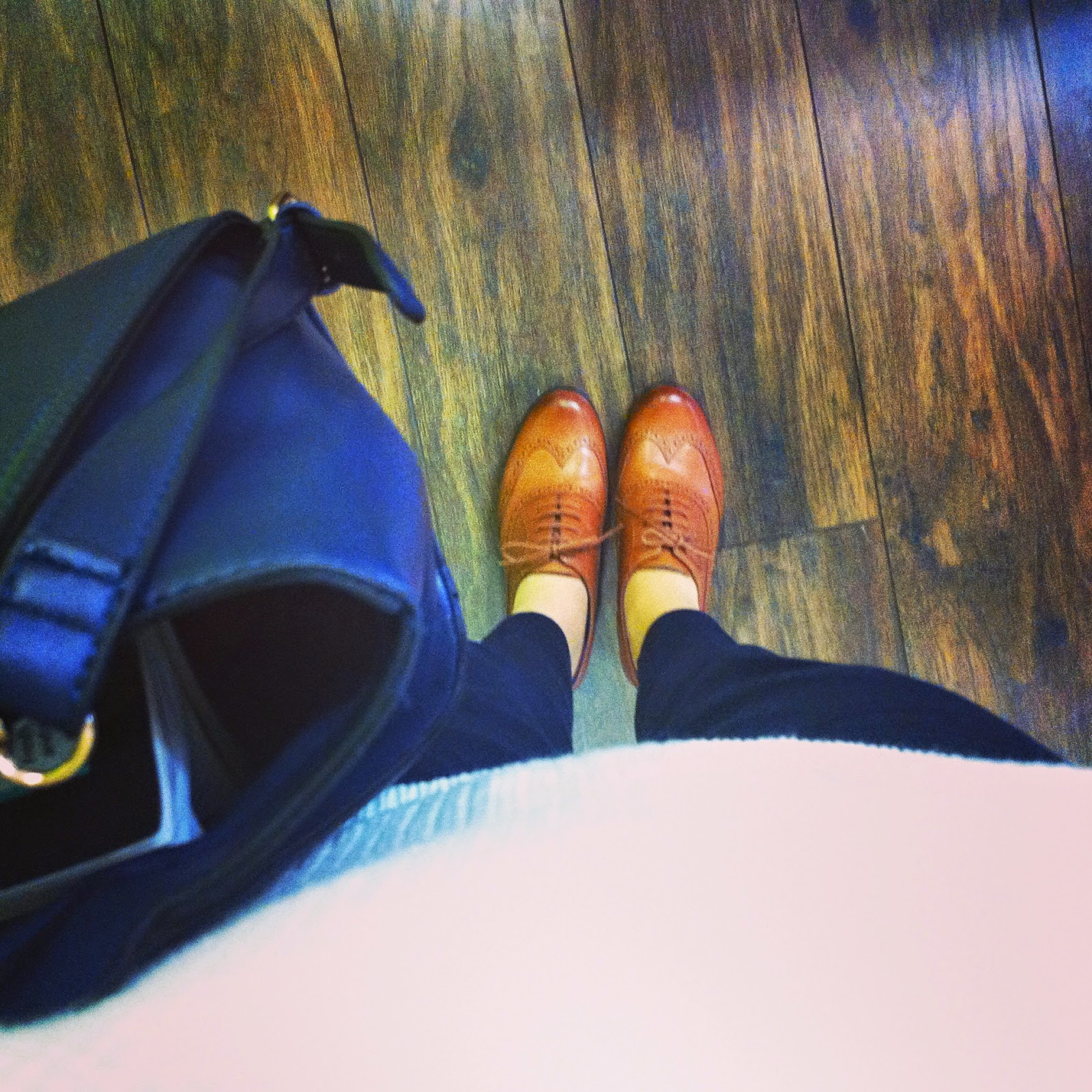 OOTD Brogues and Navy