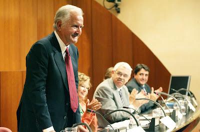 Escritor mexicano Carlos Fuentes en Notas de Juan Guillermo