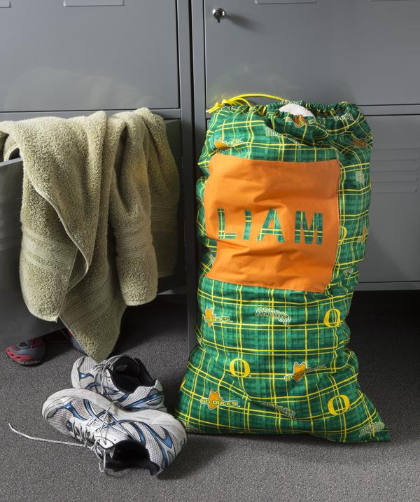 Make a College Laundry Bag @craftsavvy #craftwarehouse #diy