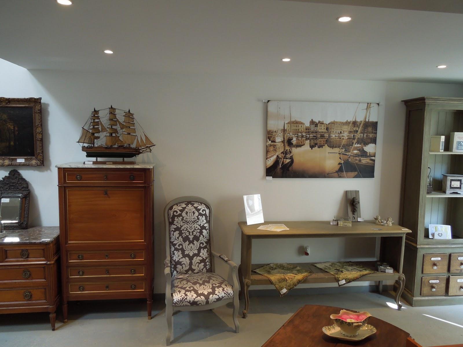 d p t vente honfleur le grenier de honfleur entrez entrez c 39 est ouvert depuis le 6 avril. Black Bedroom Furniture Sets. Home Design Ideas