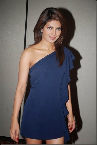 Priyanka Chopra in blue mini skirt without her black underwear innerwear sexy hot thighs show hd hot pics