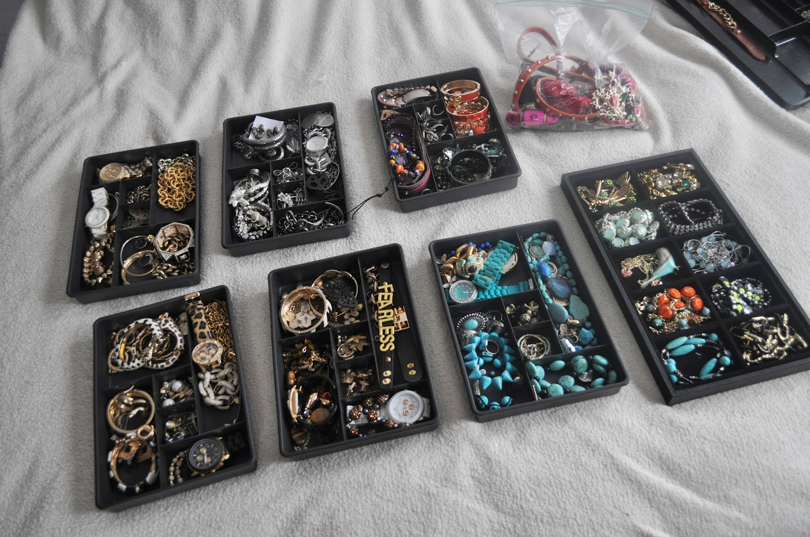 Blog ust day 16 moving cross country jewelry packing for How to pack jewelry for moving