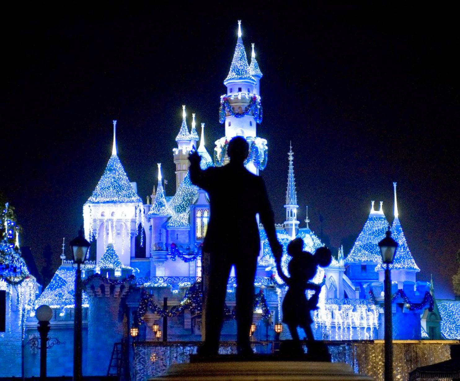 Disneyland, measles, Disneyland park