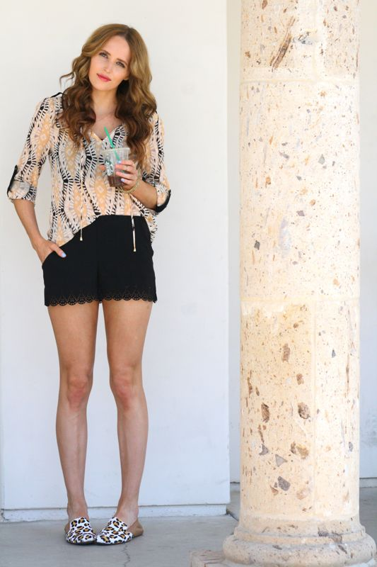 Golden Divine Blog, Summer Style, Personal Style Blogger, Laser Cut Shorts, Leopard Loafers, Mixing Prints