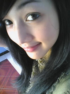 Sexiest Girl In Indonesian