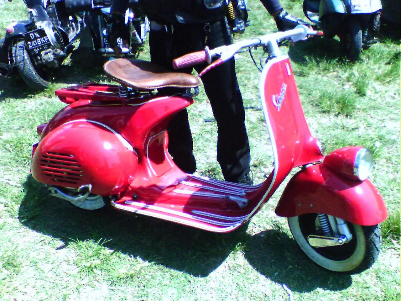 MOTOR SPORT Koleksi Foto Modifikasi Vespa Klasik Paling