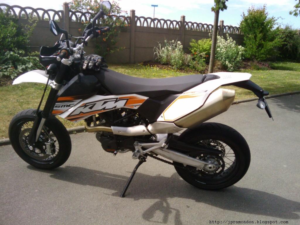 http://2.bp.blogspot.com/-MorSzs6fpmc/TeFilpLIKII/AAAAAAAAFDE/Nj-r75C_VAg/s1600/KTM_SMC_690-3.jpg