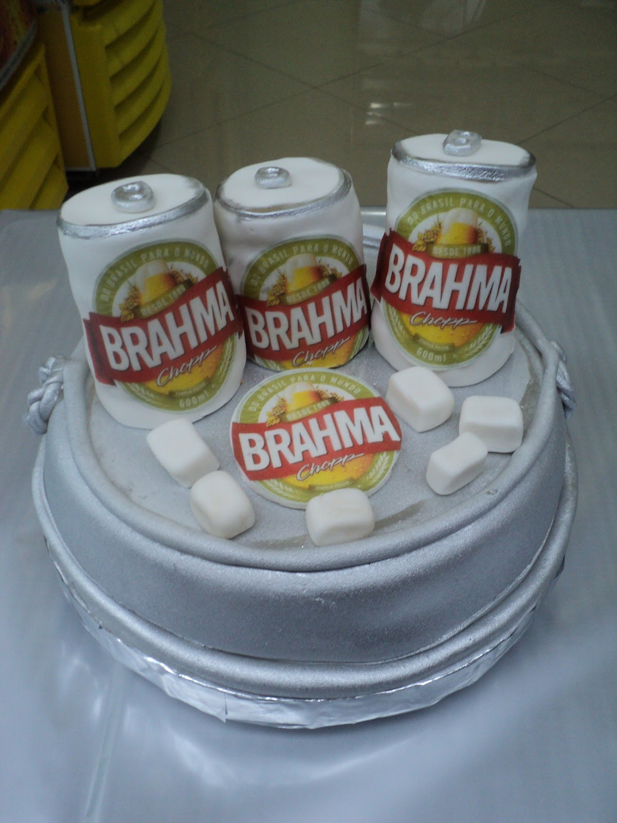 Bolo Latinhas De Cerveja Brahma