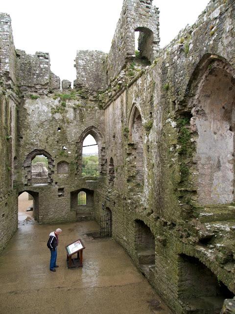 Pembroke, castle, expat, travel, Wales