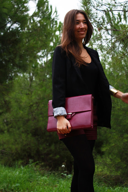 2minutos, burgundy, studded gold