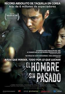 El hombre sin pasado (2012)