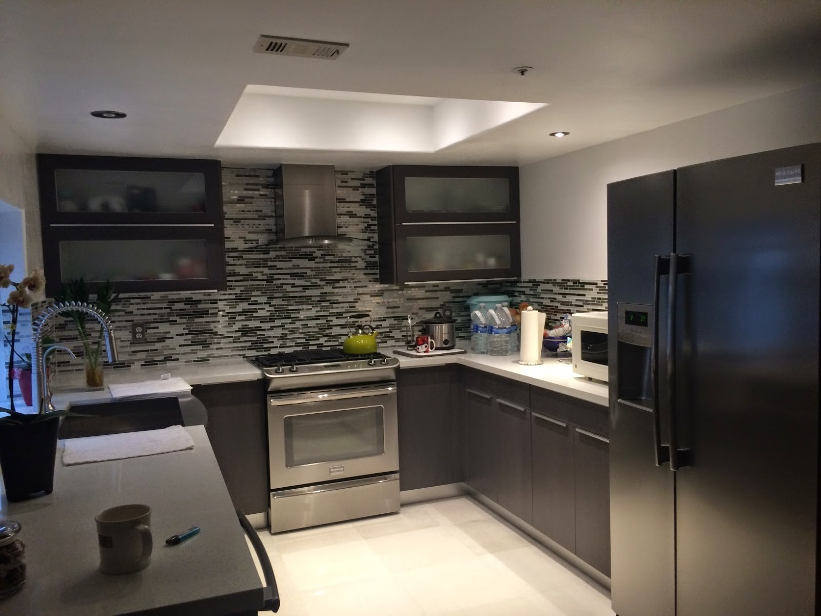 European kitchen cabinets for less - Flat Panels Or European Style Cabinets Are Finished With Quality Thermofoils That Are Highly Resistant To Moisture European Style Cabinets Are Less