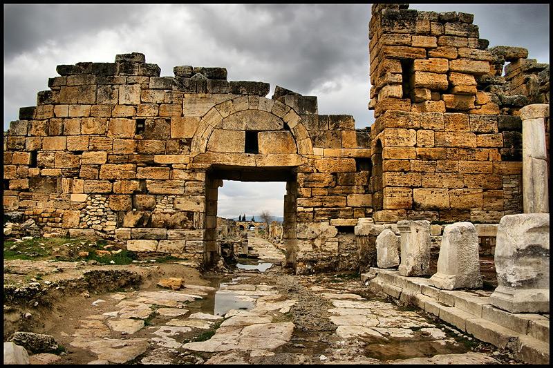 Hierapolis in Pamukkale, Turkey  Beautiful Holiday ...