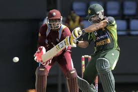 Hafeez put on crucial partnership with Misbah to win the match