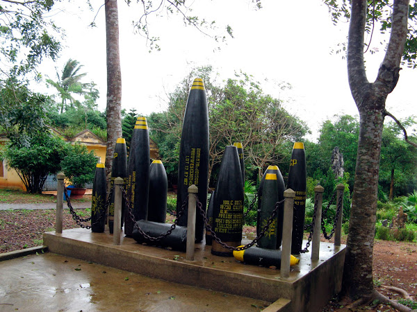 Bombas expuestas en Vinh Moc