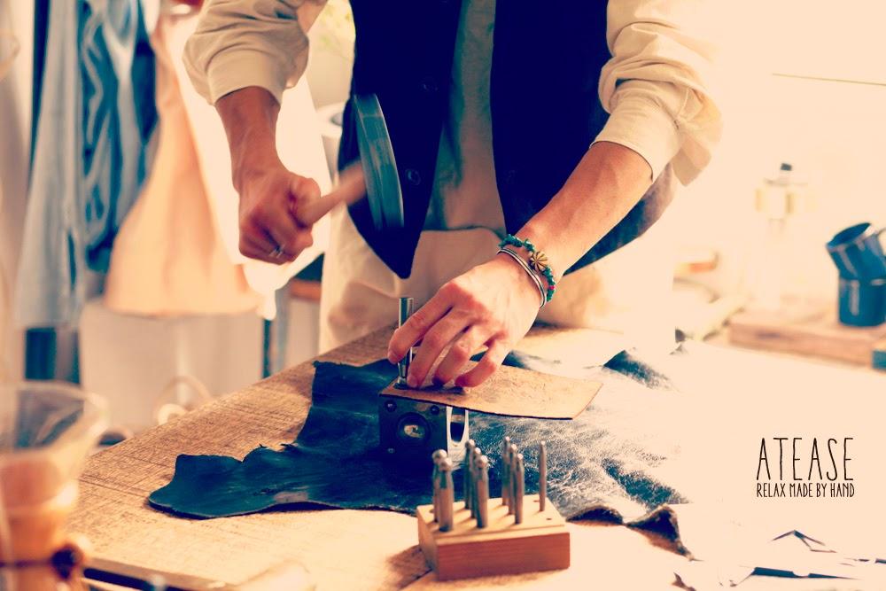 Atease (アティース) -OFFICIAL HP-|リラックスをメインテーマとしたユニセックスのアクセサリーブランド。シルバーアクセ・革小物・結婚指輪・婚約指輪の提案。