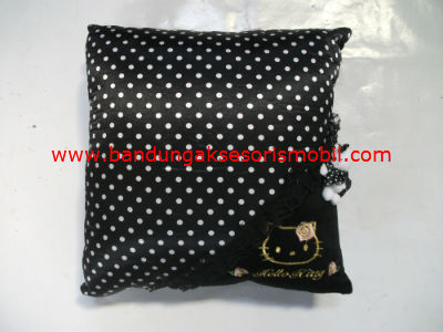 Bantal Peluk Hello Kitty Hitam Import