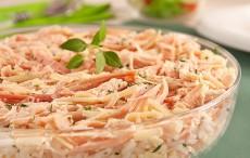 Salada Vick com frango defumado